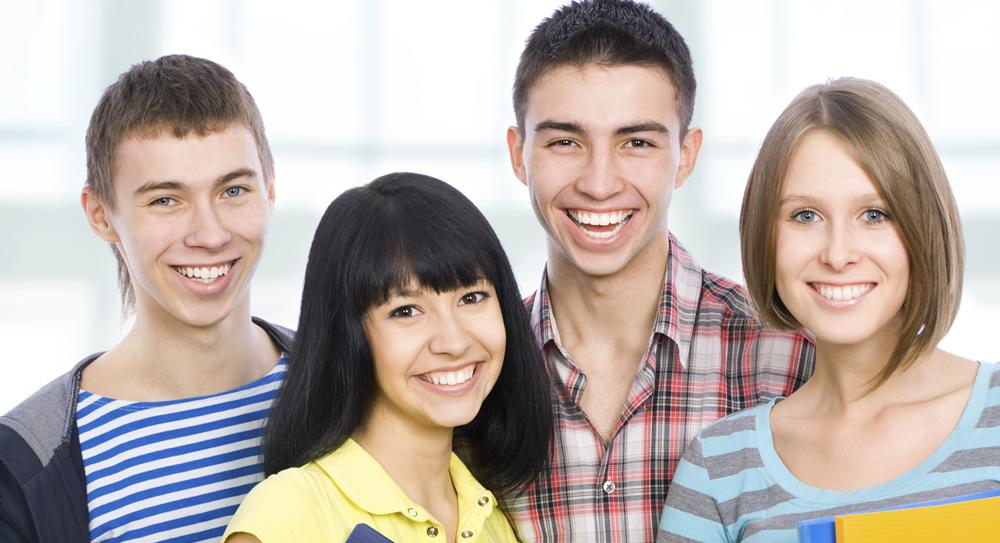 99ba67073e Corsi di inglese full-time Studenti junior